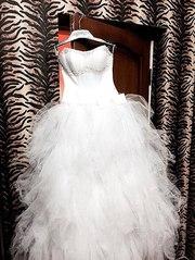 Продам НОВОЕ белое платье!
